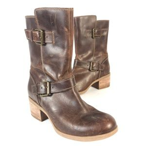 Clarks leather buckle boots
